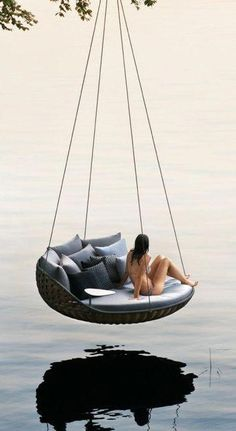 ❦ hanging chairs and lounges. Epic hanging chair - yes, this is a REAL product! Outdoor Spaces, Outdoor Living, Outdoor Decor, Outdoor Hanging Chair, Hanging Chairs, Hanging Beds, Swinging Chair, Cozy Place, Cool Furniture