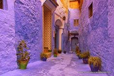 Moroccan Decor Ideas and Blue Color Bring Cool Moroccan style into Modern Home Decorating