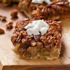 Dreaming Thanksgiving dreams tonight. 🍂🍰🦃 Pecan Pie Bars miiiiight be my fav Turkey Day dessert, but don't quote me on that! Recipe is in the archives!  #food #instafood #yummy #foodstagram #getinmybelly #eeeeeats #foodpic #cooking #recipe #foodphotography #foodpic #foodblog #getinmybelly #recipes #instayum #huffposttaste #foodlovers #igfood #f52grams #pecanpiebars #pecanpie #thanksgivingrecipes  Yummery - best recipes. Follow Us! #thanksgivingrecipes