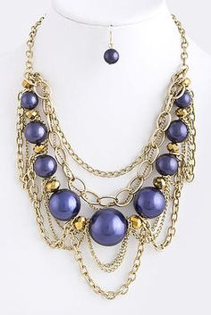 Christine Necklace        Make a perfectly polished statement with this gorgeous necklace draped upon your neck. Great for the woman who loves a little opulence.        $21.99  http://janashadugavaches.wix.com/janashadugavaches