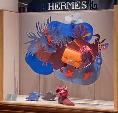 """Emilie Faïf designed the 2016 Fall windows for Hermès France on the new theme """" Nature at full tilt """". Hermès Avenue Georges V Paris. Emilie Faïf réalise les vitrines d'Automne de la Maison Hermès France sur le thème de «La Nature au galop». 7 min Window Display Design, Store Window Displays, Retail Displays, Visual Merchandising Displays, Visual Display, Display Shop, Hermes Window, Scarf Display, Theme Nature"""