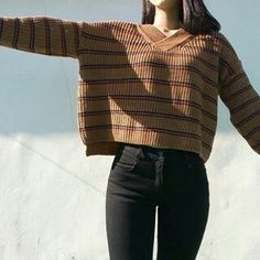 Love the oversized sweater with jeans look! Pinterest: @ohitspeyton Instagram: peymarie_