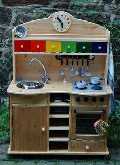 home acssesories – home ideen Diy Kids Kitchen, Mud Kitchen, Wooden Kitchen, Kitchen Sets, Diy Kids Furniture, Recycled Furniture, Home Decor Furniture, Kids Corner, Diy For Kids