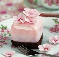 Cute cherry blossom petit for