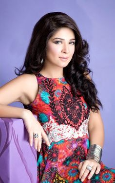 Ayesha Omar is one of the most beautiful and popular Pakistani actress, model, singer and VJ. Take a look Ayesha Omar photos and become a fan of her. Pakistani Girl, Pakistani Actress, Pakistan Tv, Innocent Girl, Cute Beauty, Party Hairstyles, Celebs, Celebrities, Most Beautiful
