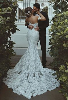 33 Mermaid Wedding Dresses For Wedding Party Wedding Dresses Guide is part of Wedding dress guide - Mermaid wedding dresses are quite popular among bride This kind of bridal dress has the function to draw attention to the bust, waist and hips Western Wedding Dresses, Elegant Wedding Dress, Best Wedding Dresses, Perfect Wedding Dress, Designer Wedding Dresses, Bridal Dresses, Wedding Gowns, Party Wedding, Wedding Ideas