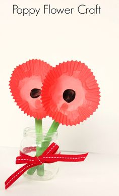 Poppy Flower Craft for Remembrance Day or Veterans Day.