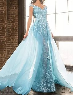 Evening Dresses With Sleeves, Formal Evening Dresses, Elegant Dresses, Tulle Prom Dress, Bridal Dresses, Prom Dresses, Dress Lace, Celebrity Wedding Gowns, Celebrity Dresses
