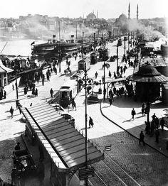 Karaköy, Galata Bridge (1930, Istanbul)