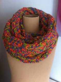 Nuestra bufanda cosida en los extremos Modelo Siena XXL. 70.% lana vírgen. ... no la dejes escapar...