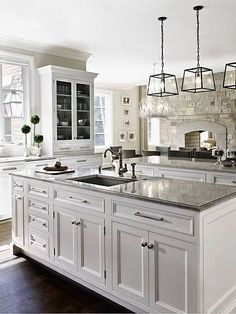 Beautiful White Kitchen Cabinet Design Ideas - Page 53 of 78 White Kitchen Cabinets, Kitchen Cabinet Design, Kitchen Redo, Kitchen And Bath, New Kitchen, Kitchen Ideas, Kitchen White, Kitchen Backsplash, Backsplash Ideas