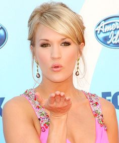 Carrie Underwood Academy Of Country Music, Country Music Artists, Country Singers, Carrie Underwood American Idol, Shake It For Me, Entertainer Of The Year, Luke Bryan, Celebs, Celebrities