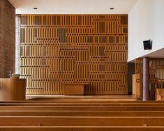 First Christian Church by Eliel Saarinen, c. 1942  Charles Eames and Eero Saarinen worked on the interiors