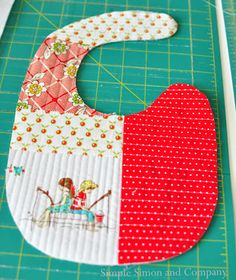 ---Handmade Baby Bib {Quilt-as-you-go}, instructions,, pattern to download.  These would make really nice baby shower gifts..