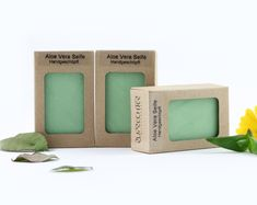 3 x je 100 g handgeschöpfte Naturseifen in einer Öko Verpackung aus Karton  Die... Aloe Vera, Aqua, Products, Make A Donation, Organic Beauty, Paper Board, Packaging, Smooth, Antiquities