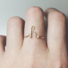 Inicial personalizado anillo letra anillo solo por BeadsLearnToRock