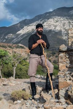 Shepherd in Chrysoskalitissa, Crete. Photo by Triantafyllia Photoshooting.