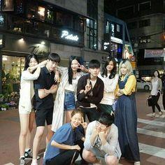 Korean Best Friends, Boy And Girl Best Friends, Cute Friends, Ulzzang Korean Girl, Ulzzang Couple, Cute Korean Girl, Bff Goals, Best Friend Goals, Boy And Girl Friendship
