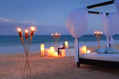 Awesome Paradise on Tropical Paradise of Mexico : Romantic Canopy Bed Traditional Torches Padded White Benches Soft Outdoor Lights Romantic Beach, Romantic Dates, Romantic Dinners, Romantic Getaways, Romantic Resorts, Romantic Table, Romantic Honeymoon, Romantic Evening, Fairmont Mayakoba
