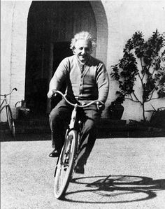 """Life is like riding a bicycle. To keep your balance, you must keep moving"" - Albert Einstein. ""I thought of that while riding my bicycle"" – Einstein on Relativity Albert Einstein Poster, Albert Einstein Photo, E Mc2, Vintage Bicycles, Life Is Like, Historical Photos, Old Photos, Famous People, Black And White"