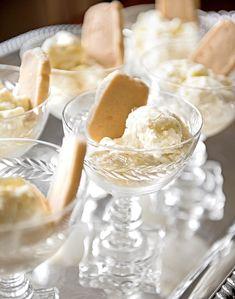 Mint Ice Cream, Ice Cream Pies, Ice Cream Desserts, Ice Cream Maker, Frozen Desserts, Ice Cream Recipes, Frozen Treats, Pineapple Mint, Southern Desserts