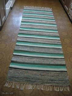 Textiles, Rag Rugs, Rug Making, Rug Runner, Runners, Diy And Crafts, Weaving, Interior, How To Make