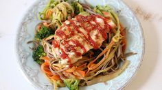 The 28-Day Shrink Your Stomach Challenge Soba Noodle Chicken Stir Fry | The Dr. Oz Show