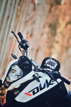 Search free Duke Ringtones and Wallpapers on Zedge and personalize your phone to suit you. Start your search now and free your phone Best Photo Background, Studio Background Images, Black Background Images, Duke Motorcycle, Duke Bike, Ktm Models, Royal Enfield Classic 350cc, New Ktm, Bike Shelter
