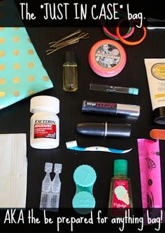 "How to pack the perfect ""Just In Case"" Bag aka the lifesaving kit of girly essentials that will prepare you for any situation! Perfect for students, bridesmaids, or any woman who always want to be prepared! Perfect idea for my work bag!"