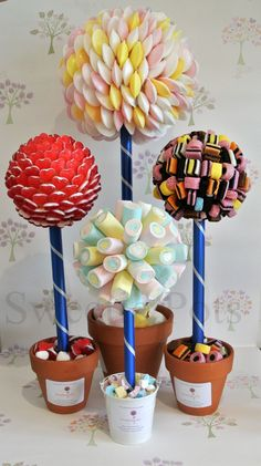 Selection of Sweet/Candy Trees by Sweetie Pots (large, medium and small) Party Sweets, Candy Party, Party Favors, Candy Trees, Bar A Bonbon, Sweet Trees, Candy Crafts, Chocolate Bouquet, Candy Bouquet