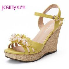 2013 summer new shoes slope with sweet flowers beaded waterproof heels wedge sandals
