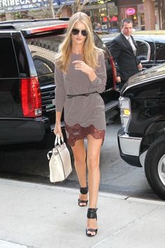More Pics of Rosie Huntington-Whiteley Print Dress
