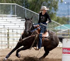 Barrel Racer Amberley Snyder... In any aspect of my life I strive for the best!