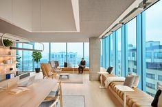 Browse and discover thousands of office design and workplace design photos - tagged and curated to make your search faster and easier. Office Space Design, Modern Office Design, Workplace Design, Office Interior Design, Office Interiors, Office Lounge, Commercial Design, Commercial Interiors, Lounge Design