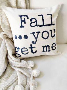 Easy DIY Fall Pillow - Fall Decor. 2 Bees in a Pod