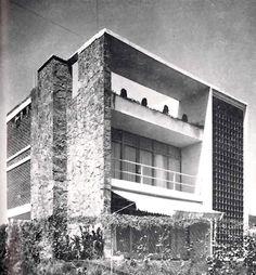 Casa en Lomas, Sierra Paracaima 1045, Lomas de Chapultepec, México DF 1948  Arq. Jesús García Collantes