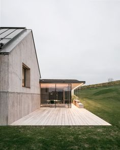 House T is a minimal home located in Gamlitz, Austria, designed by Atelier Ulrike Tinnacher. Architecture Details, Modern Architecture, Wine Press, Design Exterior, Minimal Home, Dream House Exterior, Prefab Homes, House And Home Magazine, House Goals