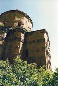 Akdamar church 2003 pre-restoration