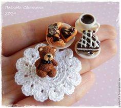 Еда ручной работы. Ярмарка Мастеров - ручная работа Поднос с миниатюрной едой и Мишкой. Handmade.