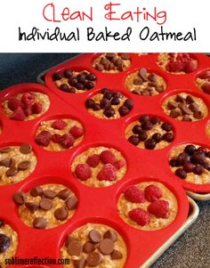 Clean Eating Individual Baked Oatmeal Cups. Let your picky eaters add their own toppings! http://sublimereflection.com