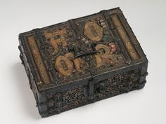 Casket with an Inscription: 'AMOR'  Dated 15th century  Germany, Rhine  Material: wood and metal  Dimensions: 8,5x20,8x14,4 cm  Hermitage Museum