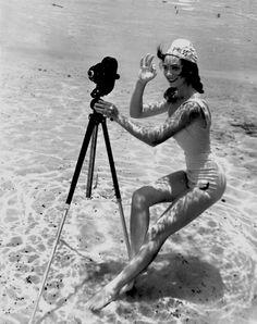 1938 Yılında Pin-Up Kızlarının Deniz Altında Çektirdikleri Harika Fotoğraflar XXX Great Photos of Pin-Up Girls Under Sea in 1938