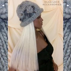 """Вязаная шапочка """"Красотка"""" от Olga Lace. Связана спицами из мягкой, лёгкой и теплой 100% шерсти - ровницы. Декорирована розочкой в технике рококо, веточками из мохера и бусинками. Можно носить с отворотом и без. Без отворота, выглядит как стильная шапочка, с отворотом, смотрится как кокетливая шапочка - шляпка. Цвет - серый. Стоимость - 3500 руб. #knitting #olgalace #designer #accessories #hat #hats #knittinghat #вязанаяшапка #wool #шерсть #сераяшапка #шапки #шапкакрупнойвязки #fashion…"""