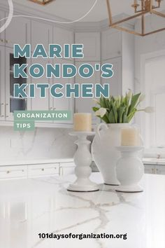 It's time to organize your kitchen with Marie Kondo's kitchen organization tips, because these are tips everyone can use! Marie is leading edge! Kitchen Cupboard Organization, Countertop Organization, Small Kitchen Storage, Kitchen Storage Solutions, Organization Hacks, Organizing Ideas, Kitchen Tops, Kitchen Ideas, Declutter Your Life