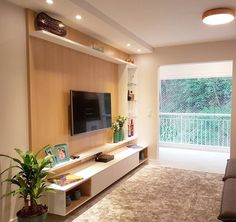 Uma vista dessas na sua varanda precisa ser valorizada... Por isso, nada de porta! Também quer deixar seu cantinho com a sua cara? Fale com a gente: www.julianazanetti.com.br contato@julianazanetti.com.br (11)4382 0573 #projetojulianazanetti #apartamento #apartment #homeoffice #saladeestar #integração #interiores #interiordesign #designseek #DesigndeInteriores #lighting #wood #decorluxo #antesedepois #geracaocarolcantelli #grupojsmais #grupomaisvisao #arquitetura #architecture #arquit...