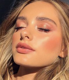 Face make-up and tan: mistakes to avoid and useful tips, Hair makeup Unl . - Face make up and tan: mistakes to avoid and useful tips, Hair makeup Unless you have been living un - Makeup Goals, Makeup Inspo, Makeup Tips, Makeup Ideas, No Make Up Makeup, Makeup Products, Makeup Haul, Beauty Products, Makeup Trends