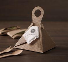 Tapao (Geometria, 2015). Take away, no plastic bag needed.