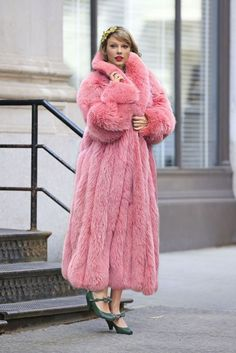 Taylor Swift in pink fox fur by FurHugo