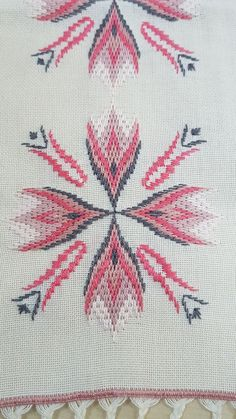 Swedish Embroidery, Hardanger Embroidery, Cross Stitch Embroidery, Hand Embroidery, Cross Stitch Patterns, Broderie Bargello, Bargello Needlepoint, Cross Stitch Material, Bargello Patterns