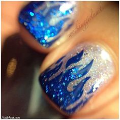 Flame nails, glow in the dark fire nail art Fancy Nails, Pretty Nails, Romantic Nails, Crazy Nail Art, Manicure Y Pedicure, Stamping Nail Art, Silver Nails, Fire Nails, Prom Nails